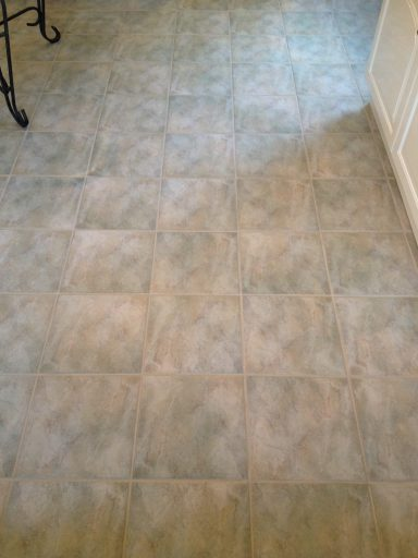 Ceramic-Floor-After-Cleaning-in-Telford-1
